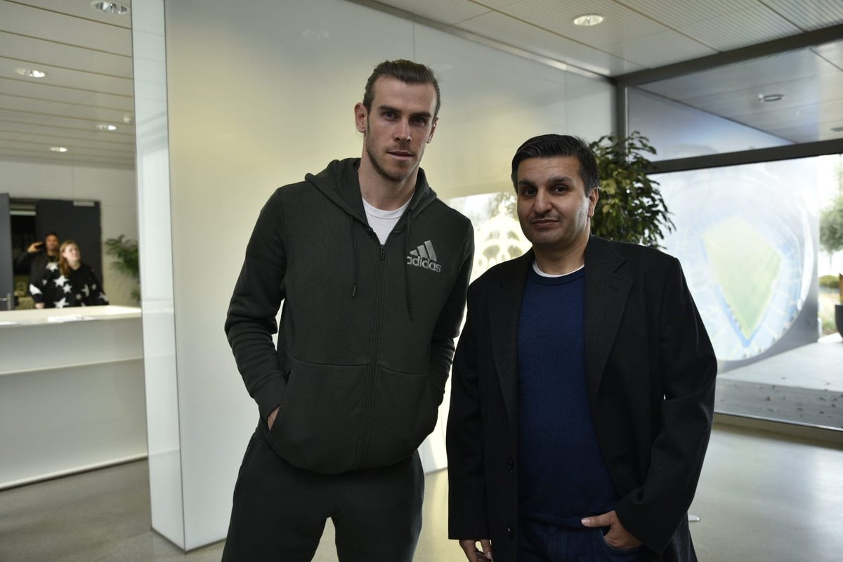 Spoke with Gareth Bale about why I think Man United is the club for him. & these were the reasons what I gave:- • Good golf courses • Good retirement home, from experience both Mata & Matic r enjoying there retirements. • no expectation of winning any trophies, so no pressure
