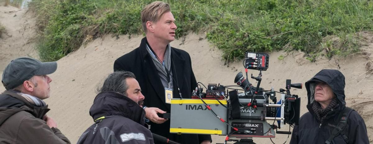 Christopher Nolan's #TENET prologue - runtime confirmed at over 6 minutes, *will* be screening outside the US/Canada. Find out the latest about the extended look at Nolan's spy epic:  https:// buff.ly/2qO6hpX    <br>http://pic.twitter.com/FQDI9T0fch
