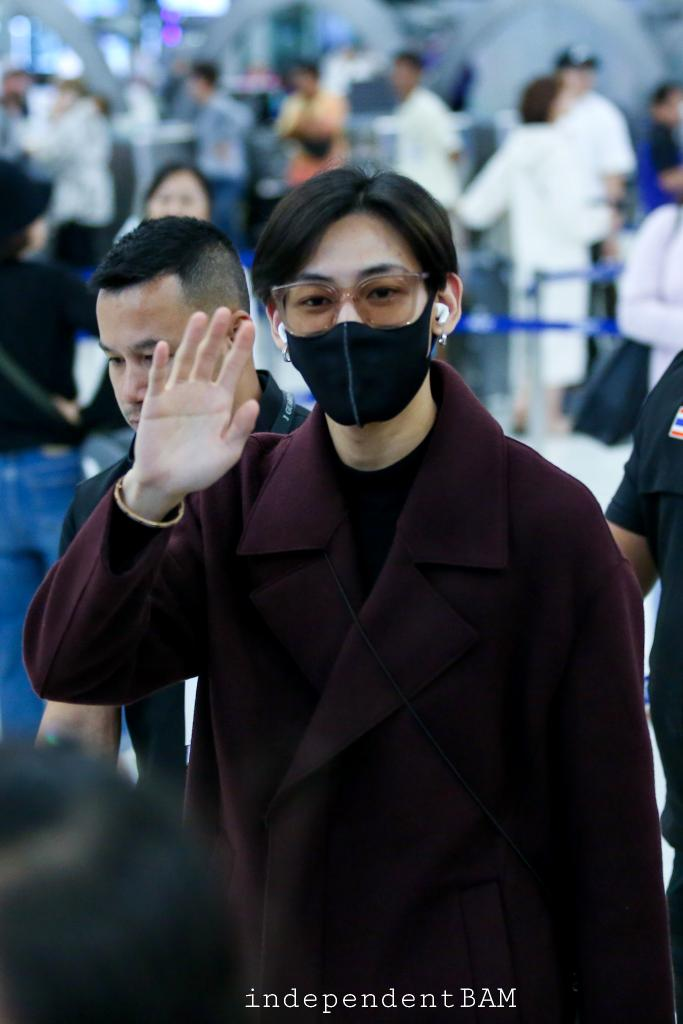Finally, I met you. No wonder that there are a lot of people who love you. Because you are polite, gentle and caring for your fans. You show that you appreciate our love. Safe flight @BamBam1A I'm waiting to see your work. #SeeYouSoonBamBam #Bambam<br>http://pic.twitter.com/2W08tSZ89H