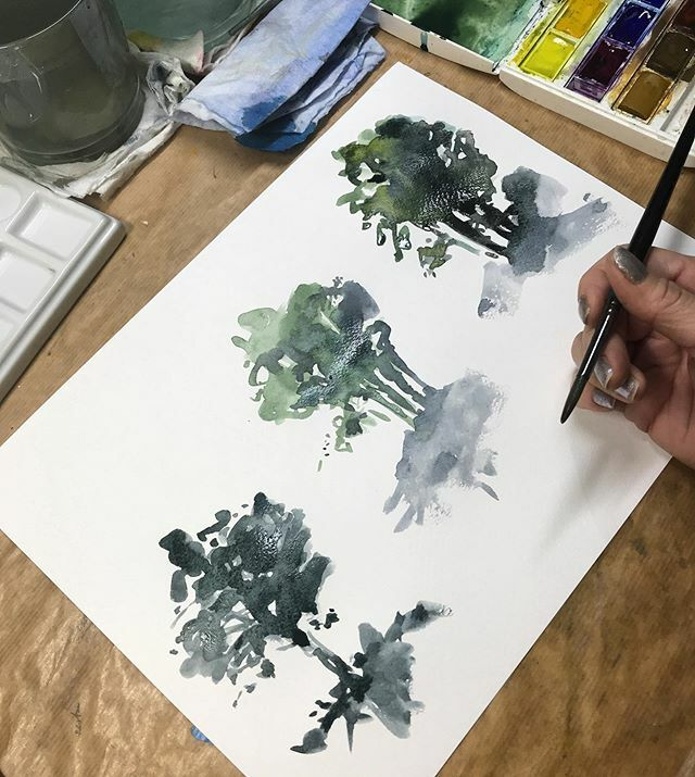 Practicing some super loose trees. I could do these for days and never get bored. . . #watercolour #watercolorpainting #landscapepainting #loosewatercolor #studio #practicemakesprogress #naturepainting #trees #createeveryday #doitfortheprocess #naturepal… https://ift.tt/2EfFUfMpic.twitter.com/8DOus67JRV