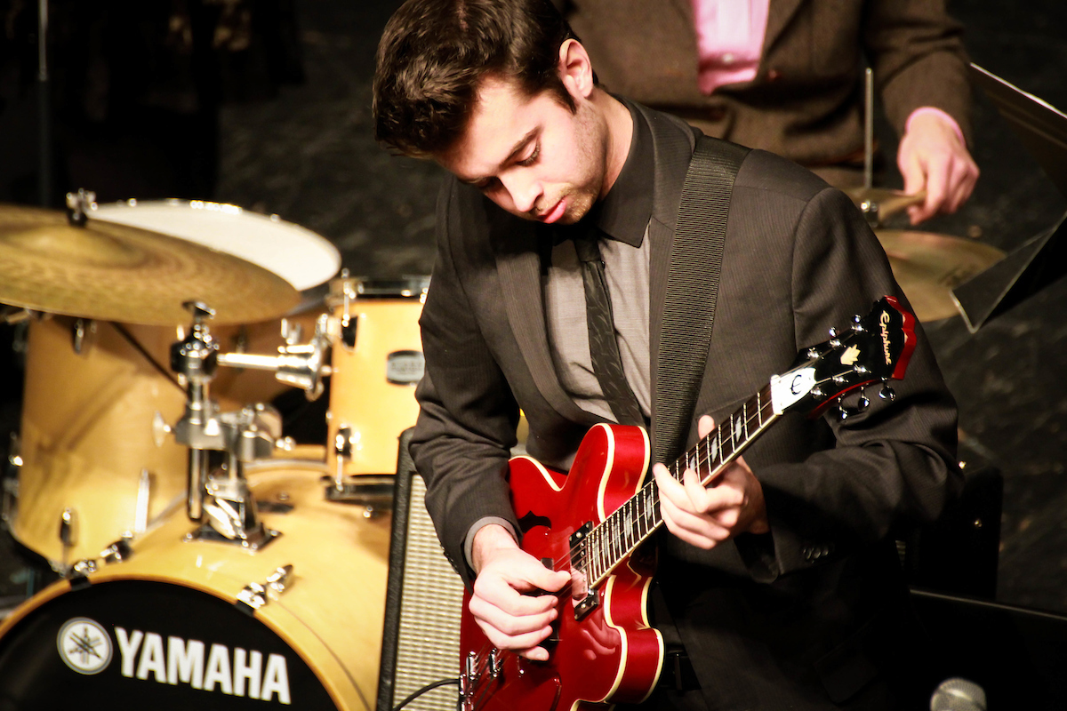 Get your weekend off to a great start and enjoy a free lunchtime concert complements of UW-Superior jazz students today from noon to 1 p.m. in the Yellowjacket Union! https://t.co/SQf4dTq1c9