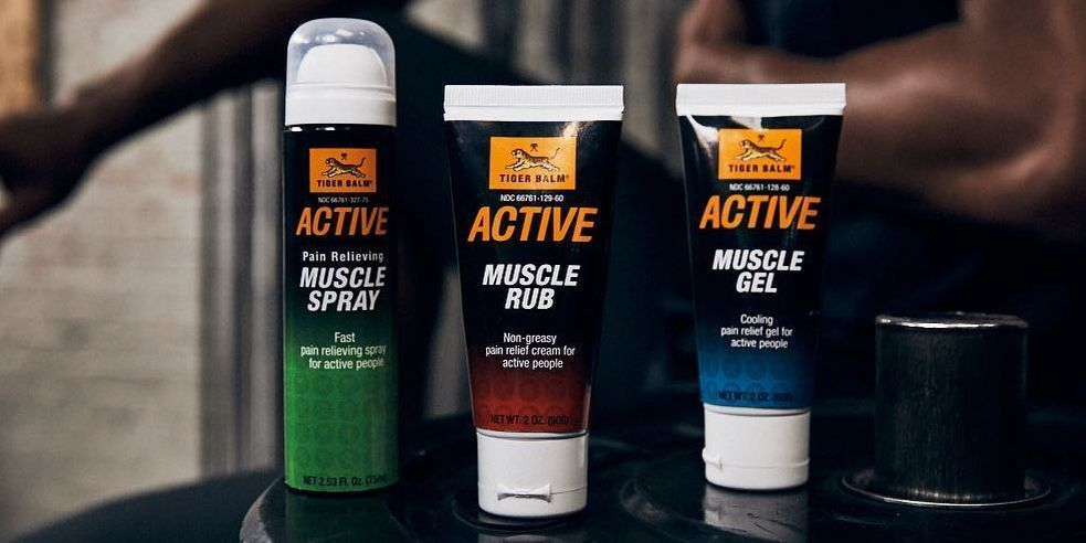 RETWEET & FOLLOW @Tiger_Balm_US to enter to win the Tiger Balm Active product line:   Muscle Rub for pre-workout warmup  Muscle Gel for post-workout cooldown  Convenient Muscle Spray  Two winners. U.S. only. Ends Monday.  #TigerBalmActive #ContestAlert<br>http://pic.twitter.com/Y2AEjtTI7A