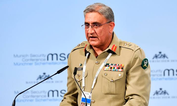 Chief of Army Staff (COAS) General Qamar Javed Bajwa has said that Pakistan is a peace loving country and is looking forward to peace in accordance with the vision of the father of the nation. #پرامن_پاکستان_ہماری_پہچان <br>http://pic.twitter.com/ZPe1AS6peL