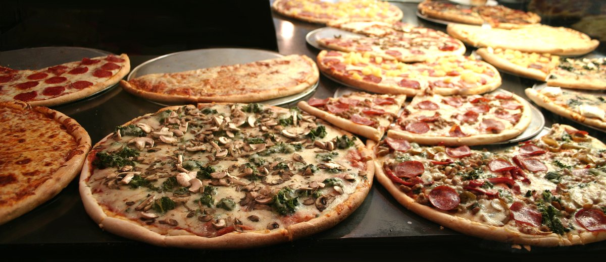 Do you like New York-style #pizza? What do you like most about it? #foodies   http:// cpix.me/a/88134043     <br>http://pic.twitter.com/JvheZ8umh9