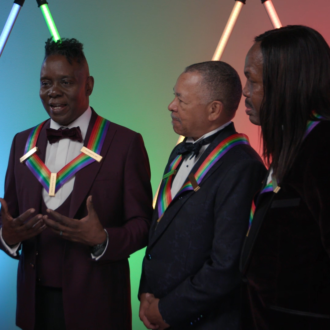 The 42nd #KCHonors celebrates the Rock & Roll Hall of Fame and nine-time Grammy® award-winning musical group, @EarthWindFire for five decades of far-out cultural and artistic contributions to popular music. Let's groove to that Sunday at 8/7c on CBS and @CBSAllAccess.