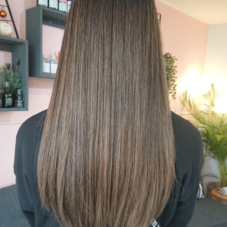 "Be your own hair trend - Tyler Laswell ""#davines #davinesAustralia #ilovedavines #maskvibrachrom #balayage #balayageombre #hairinspiration #haircolour #balayagehair #balayagehighlights #rootshadow   #ombrehair #hairpainting #babylights #beautifulhair #hairsalon #boutiquesalon – at Salon H by Haniff"