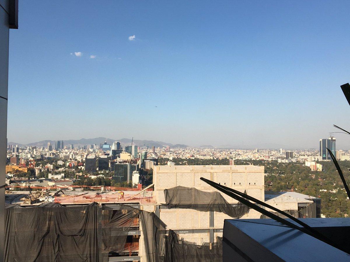 Una vista de otro lugar donde trabajo 🙀 si me dió vértigo. #ViernesCoqueto #ViernesDeTravesuras #viernesdeYaValio #ViernesYElCuerpoLoSabe 👐🏻🤲🏼