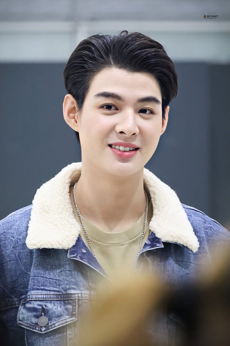 Have a wonderful event and safe travel   We miss you so much and it's so good to see you today   #Saint_sup #MingEr  <br>http://pic.twitter.com/2hHnbU7yc5