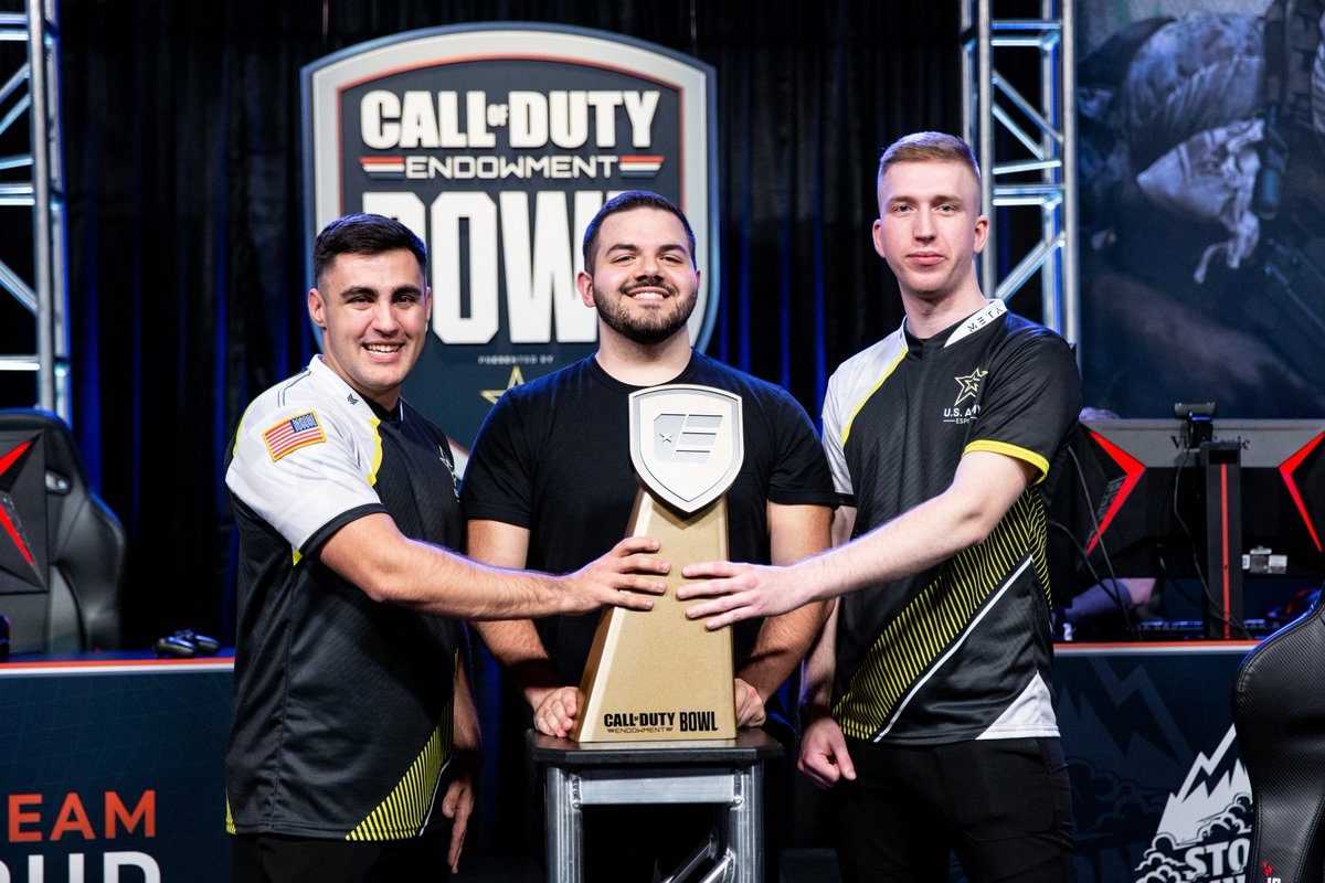 Congrats to Team @CouRageJD for taking home the W in the inaugural #CODEBowl. Thanks to all of the streamers and the members of @USArmyesports for showing up and supporting @CODE4Vets.