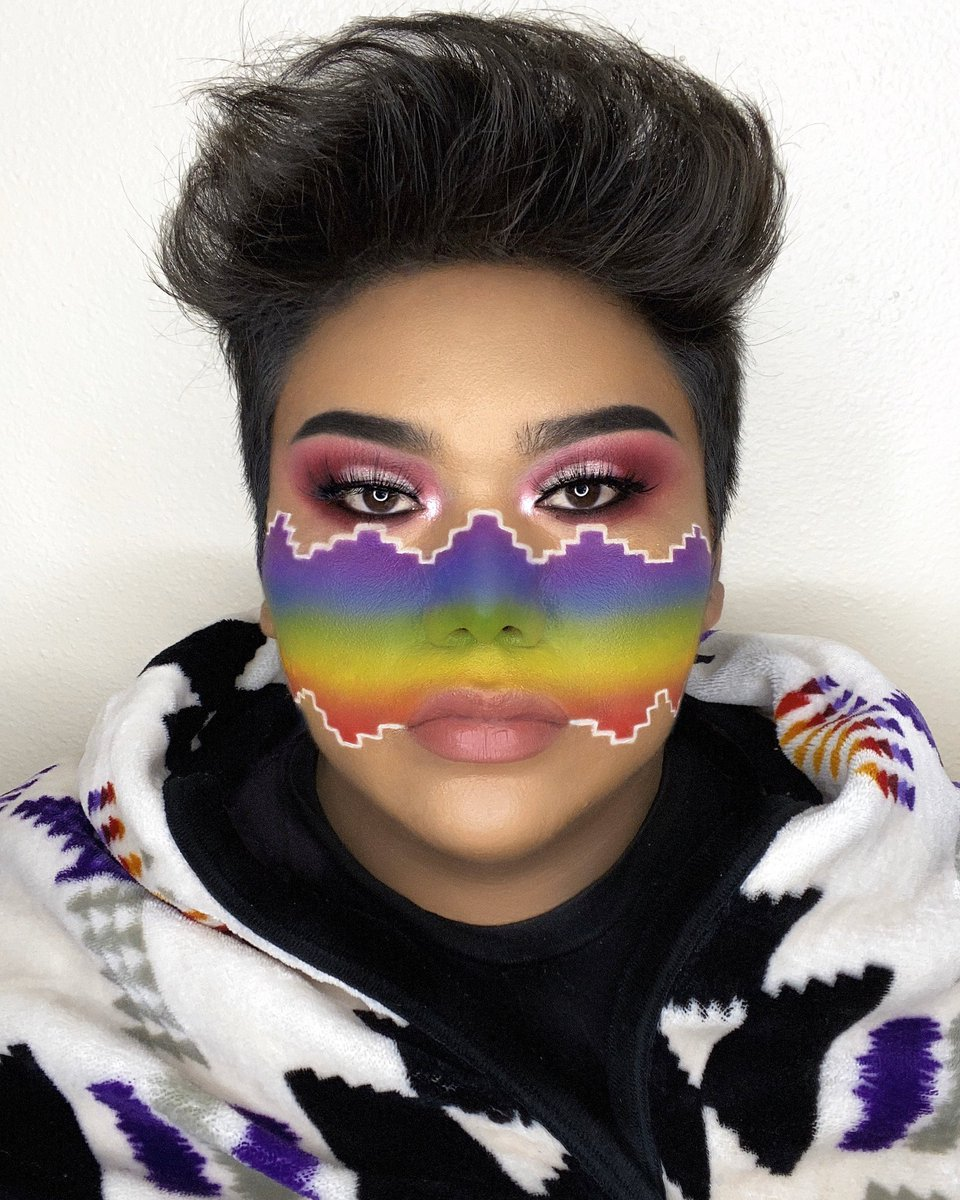I N D I G E N O U S   E X C E L L E N C E   This look is inspired by my Navajo culture. These patterns stem from a powerful deities known as Spider Woman that taught my people to weave with beautiful designs & colors, this is an homage to her.  Ahéhee' (Thank you in Navajo)  <br>http://pic.twitter.com/Jap09KLMDX