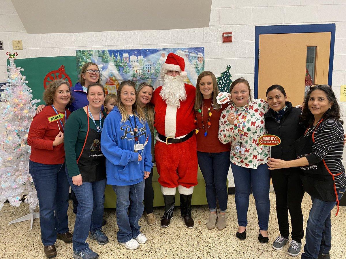 It's Santa! 🎅🏻🎅🏻 #pembrokepride