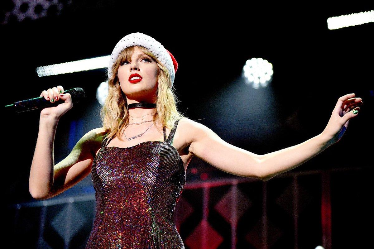 "Taylor Swift >> álbum ""Lover"" [III] - Página 3 ELtm6XeUUAAq39a?format=jpg"