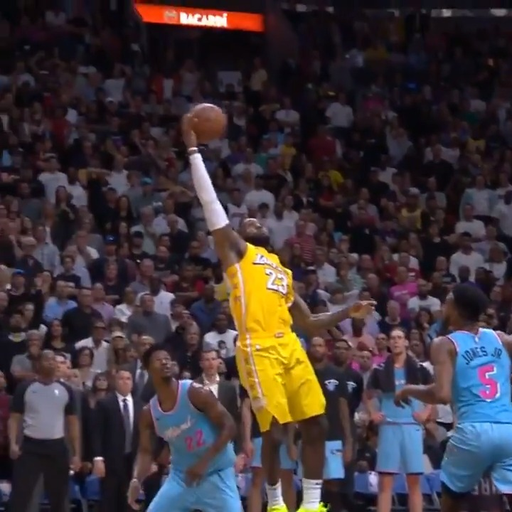 LeBron ➡️ AD  What. A. Pass.