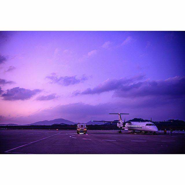 #nikonz7 #magichour #プロペラ機 #ishigaki