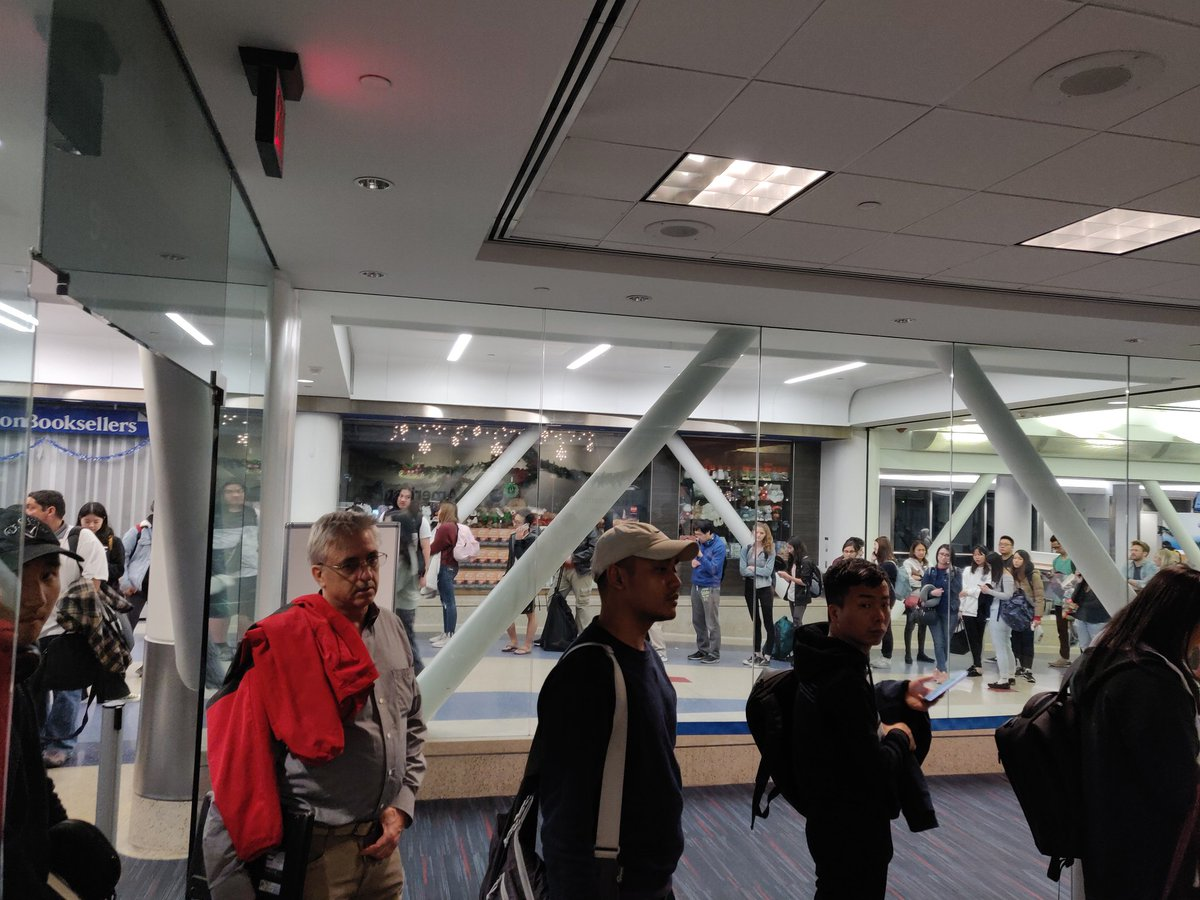 Adam Ni On Twitter Americanair Aa193 To Hk Cancelled Plane Back To Terminal And A Whole Plane Of People Needing Help And There Is One Customer Service Person Americanair Seriously Https T Co Iiqmkiunh9