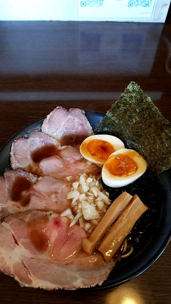『今日のラーメン(12月14日 SO)』今年389杯目。中華そば醤油をいただきました。あっさりとして醤油の風味が効いたスープとパツパツの食感の細ストレート麺が印象的です。#醤油ラーメン#東海村#SO