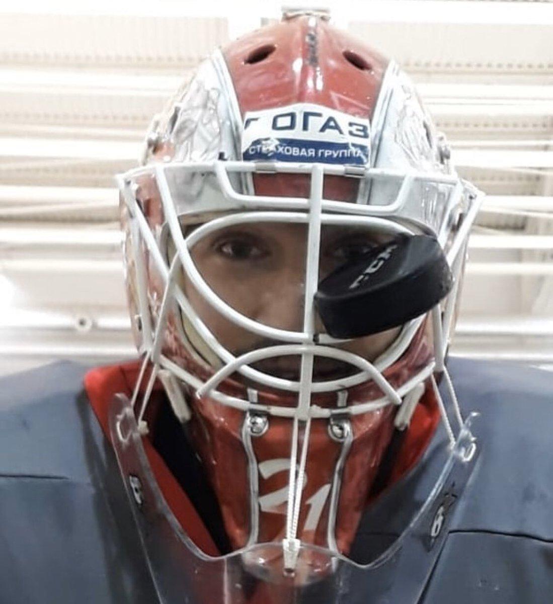Никита Беспалов: Первый раз в жизни шайба застряла в маске (Видео)