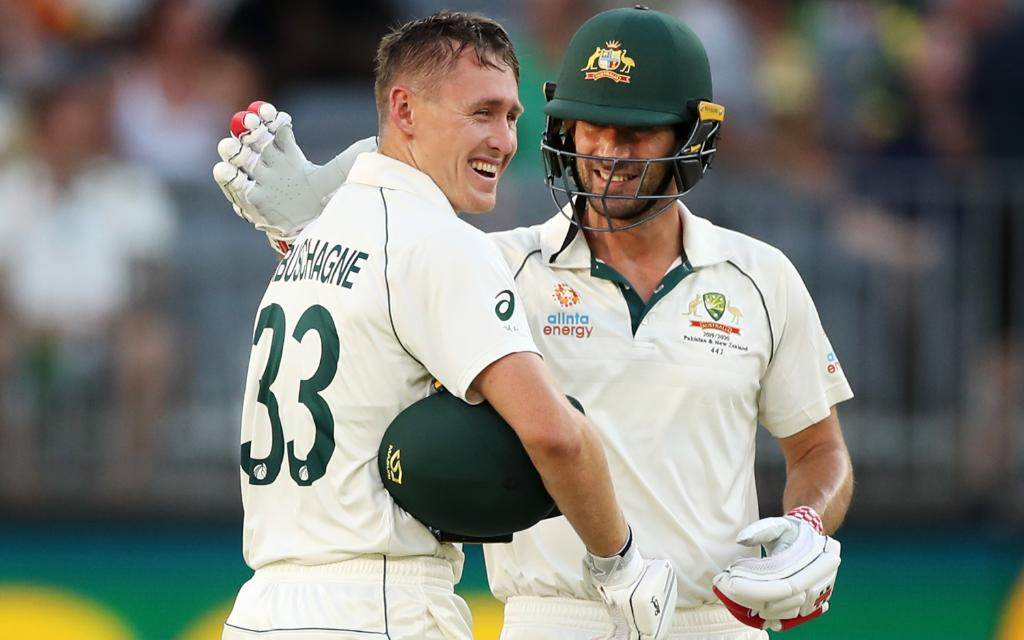 Sixth Test fifty for Joe Burns! 1000+ Test runs for Marnus Labuschagne in 2019!  Australia's lead is nearing 400, and they are in firm control of the Test.  #AUSvNZ SCORECARD 👉 http://bit.ly/AUS-NZ-1