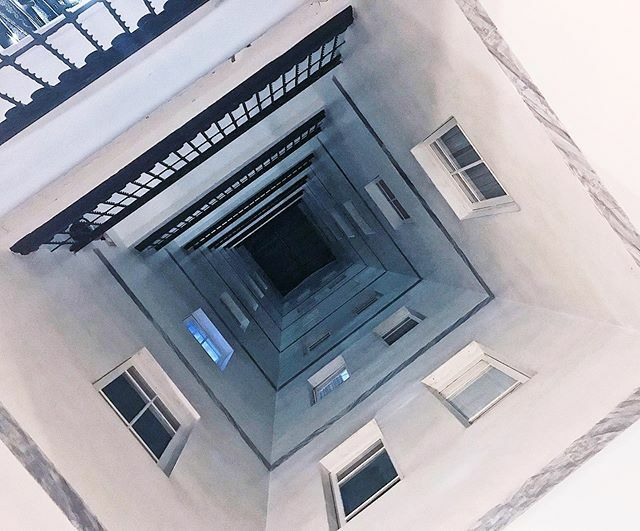 . . #patiointerior #arquitectura #architecture #edificisbarcelona #edifici #urban #city #buildings  #barcelona #bcn #catalunya #igersbarcelona #igerscatalonia  #barcelonamagazine #bcn_online #total_barcelona #visitbarcelona #cat_arq #archi_unlimite… https://ift.tt/2EdLCyPpic.twitter.com/Wvmx42gpU3