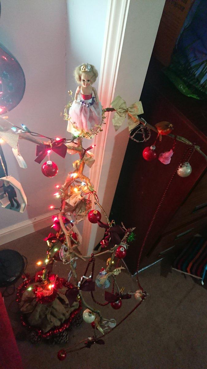 The #Xmas sticks up. #TheStickOfMaroonieHooHaa #Christmas #xmas