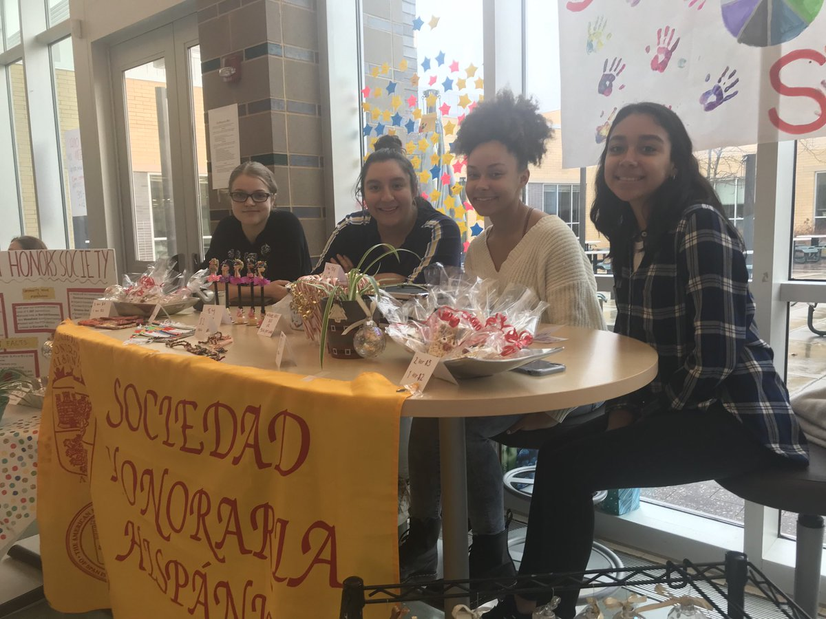 We are at the Holiday Bazaar! Come support us to raise money for the World Languages Declamation contest in February!!! <a target='_blank' href='http://twitter.com/APSLanguages'>@APSLanguages</a> <a target='_blank' href='http://twitter.com/DualLangEdProud'>@DualLangEdProud</a> <a target='_blank' href='http://twitter.com/wakefieldchief'>@wakefieldchief</a> <a target='_blank' href='http://twitter.com/WHSWorldLang'>@WHSWorldLang</a> <a target='_blank' href='https://t.co/Iix6Kux9vA'>https://t.co/Iix6Kux9vA</a>