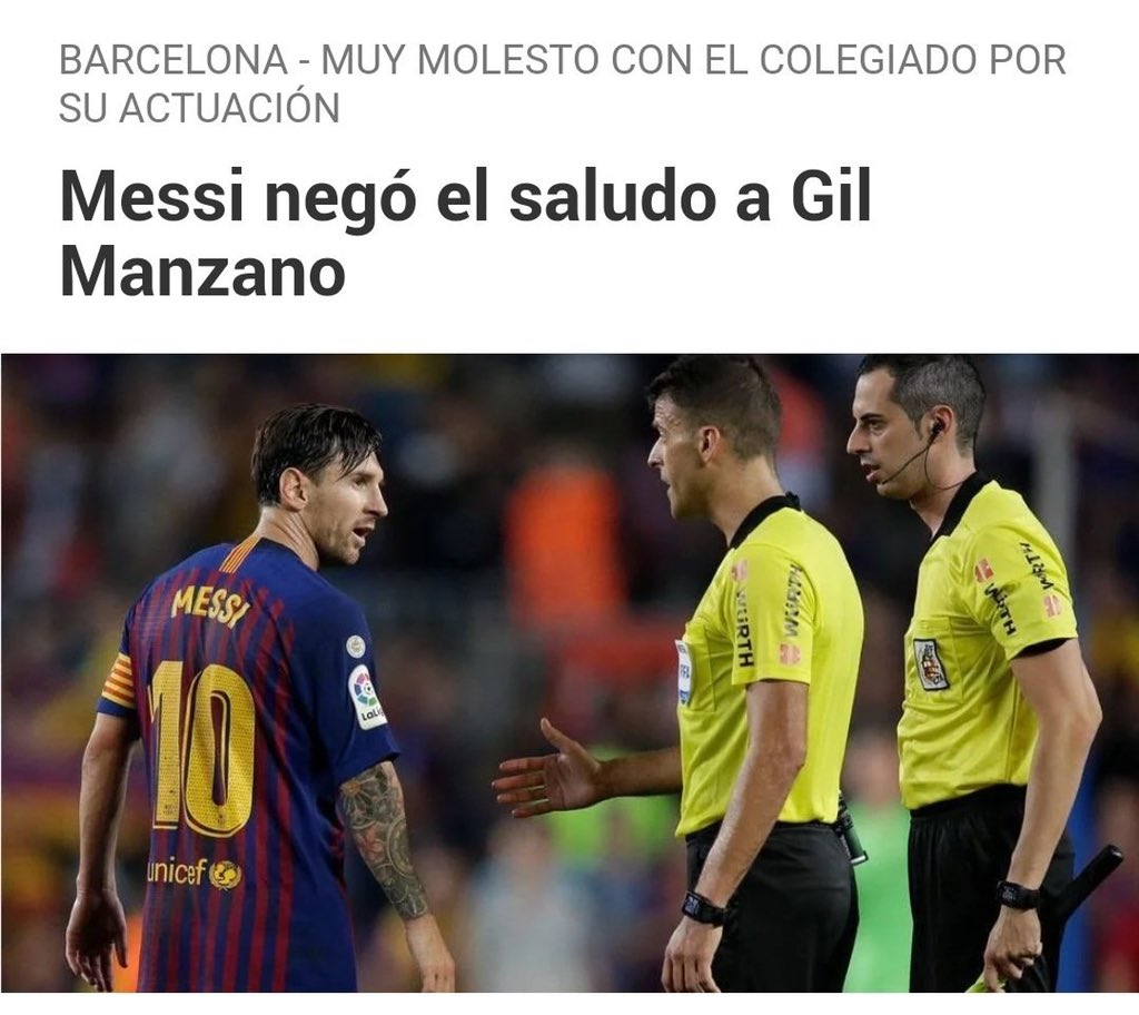 ❗️Gil Manzano, which Messi didn't shake hands with earlier and is known for his decisions against Barcelona, was in the VAR room today.