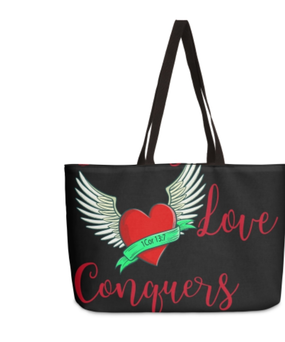 11 DAYS TIL CHRISTMAS. This will be on our new apparel, home and accessory site.  Stay tuned... #LoveConquersAll #1Corinthians13and7 #Weekender #QuickGetawayBag #appareldesign #newdesigns #newsitecomingsoon #printapparel #graphicdesign #accessories #berryuniquedezignspic.twitter.com/VSPAMflMzB