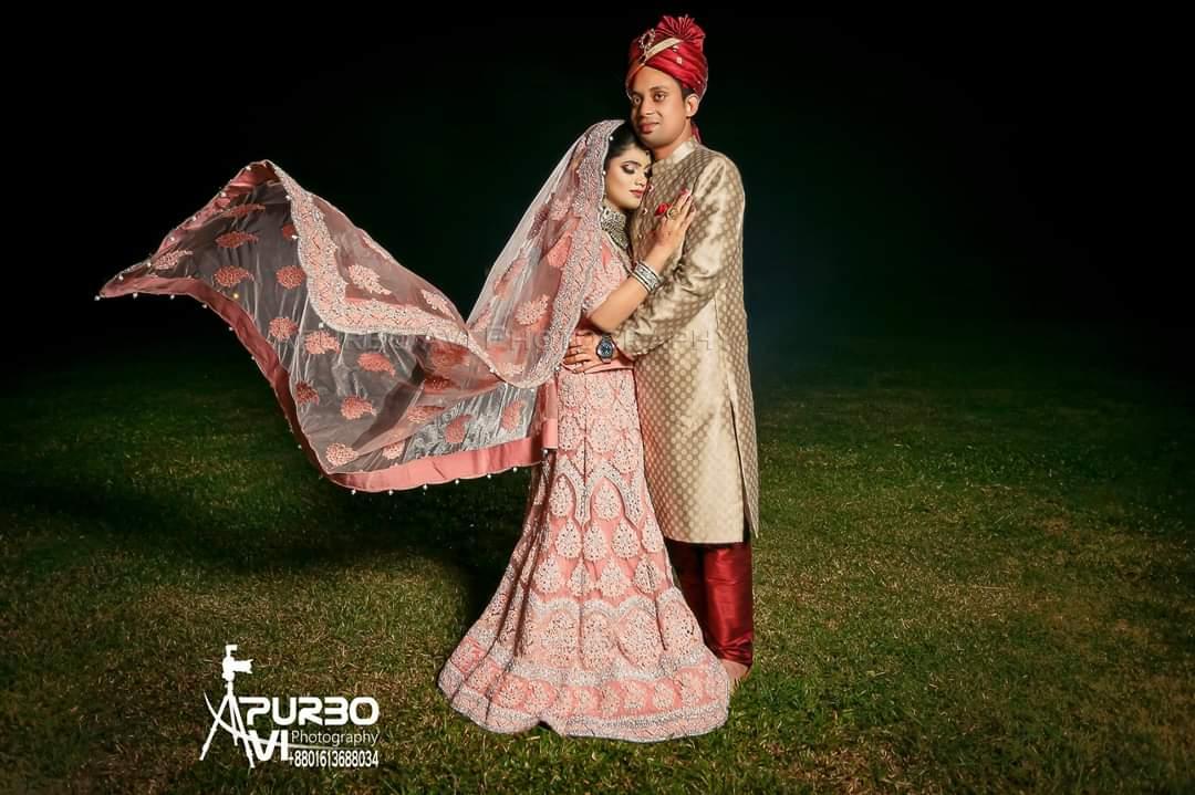 তোমাকে যখনই চেয়েছি সত্ত্বার অন্তরালে সঙ্গোপনে,তখনই জেনেছি আলো হয়ে আছো তুমি আমার আঁধারে ❤️Photographer: @apurbo_avi #bride #groom #moments #bengalibride #bengaligroom #couple #love #bangladeshiwedding#weddingphoto #weddingmoments #weddingceremony #weddingvibes