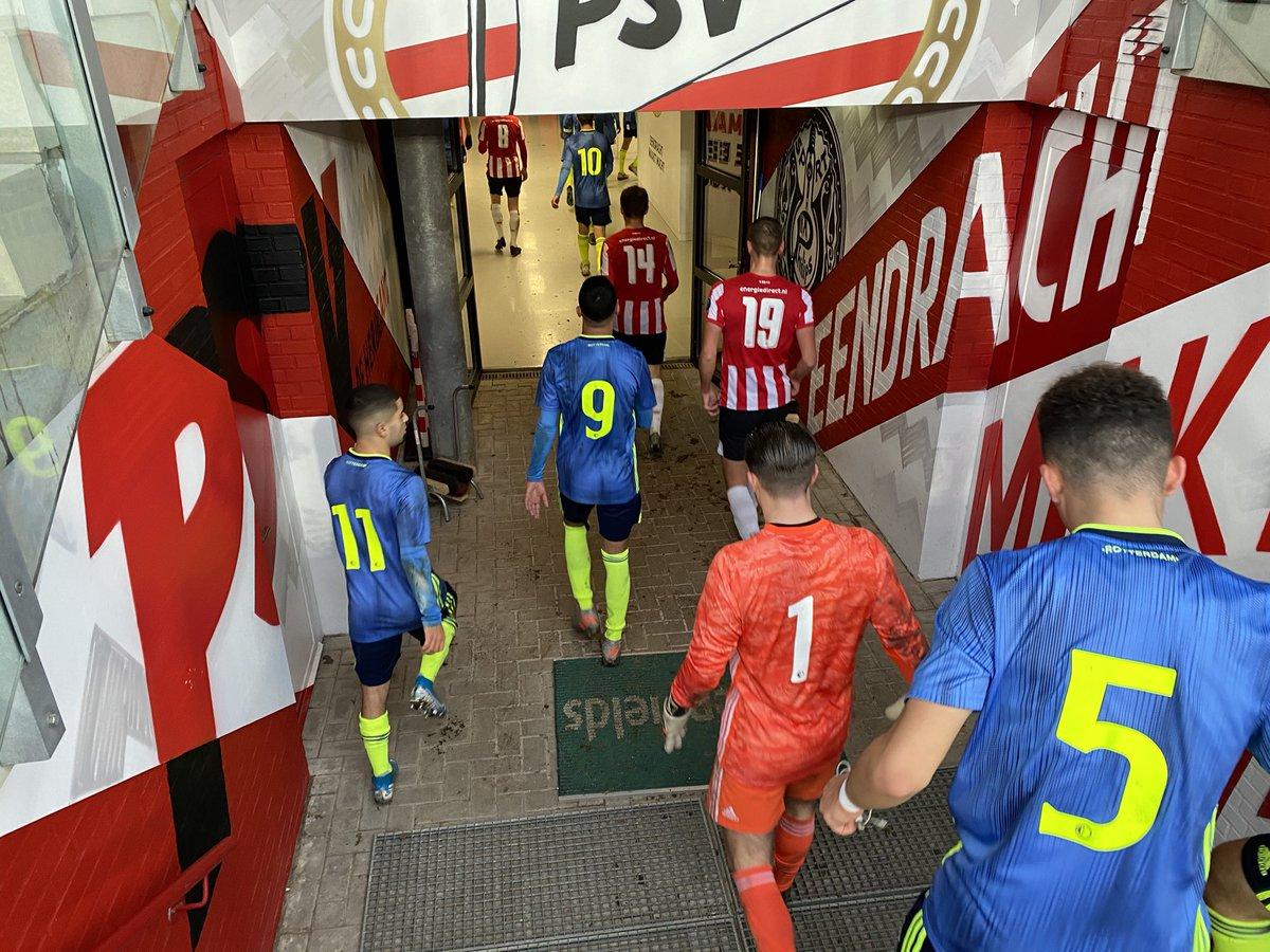 test Twitter Media - HT | Niet de tussenstand waar we op hoopten...  #FeyenoordO19 #psvfey (1-0) https://t.co/IPPRYBLr98