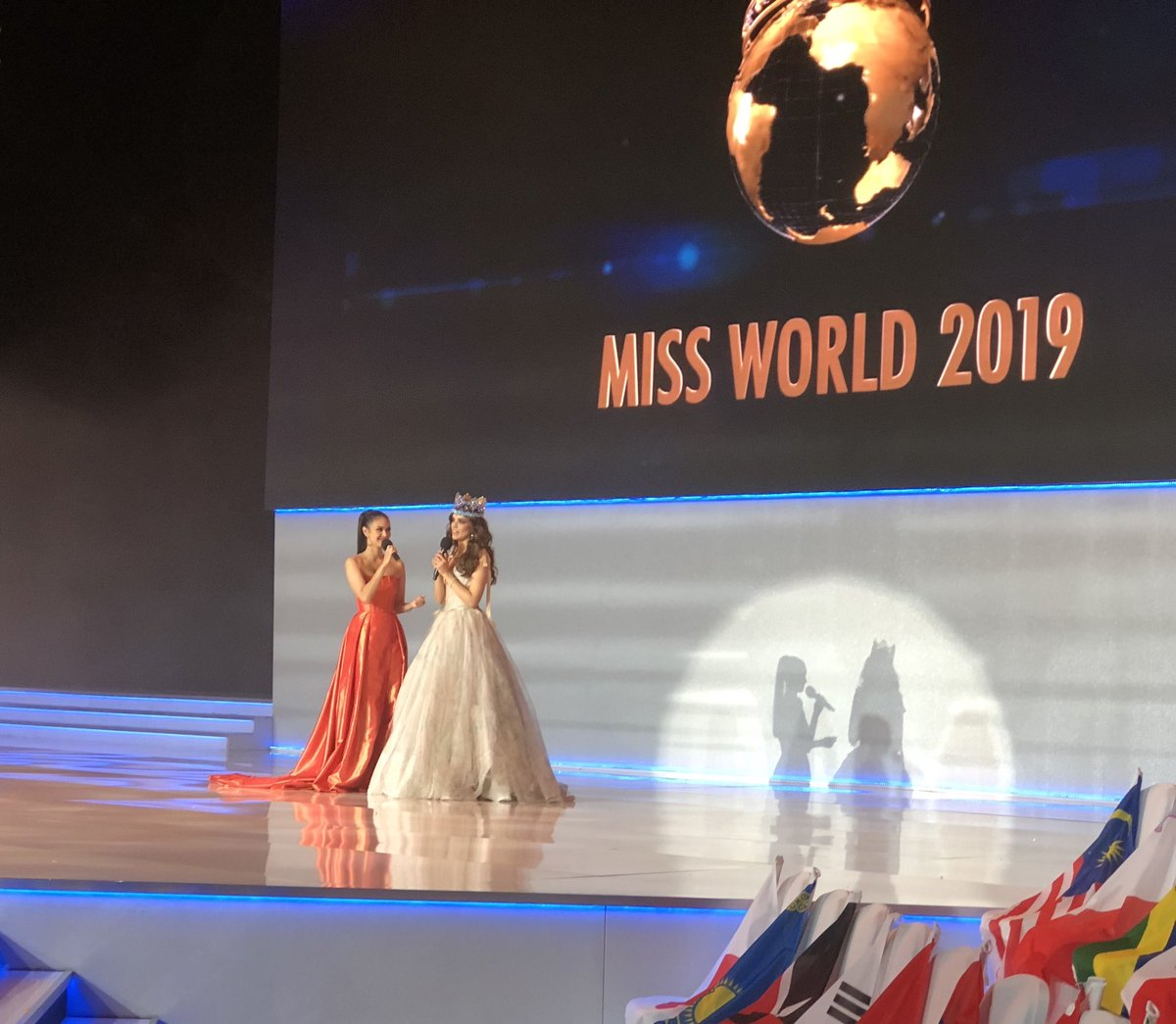 ✪✪✪ MISS WORLD 2019 - COVERAGE ✪✪✪ - Page 25 ELwe5ToW4AAhCSY