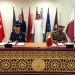 Image for the Tweet beginning: Doha'daki törenin sonunda Bakan Akar