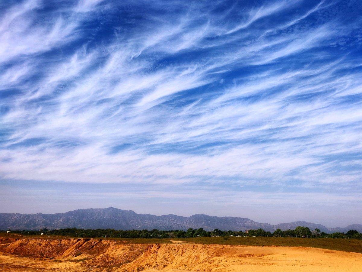 #sky_brilliance #travelphotography #sky#desertlife #nature#naturegram#photography#landscapephotography#travel#travelgram#clouds#instagram#picoftheday#reflection#snow#blue#sunset#landscape#redsky#rainbow#naturephotography#travel#naturelovers#river#skyporn
