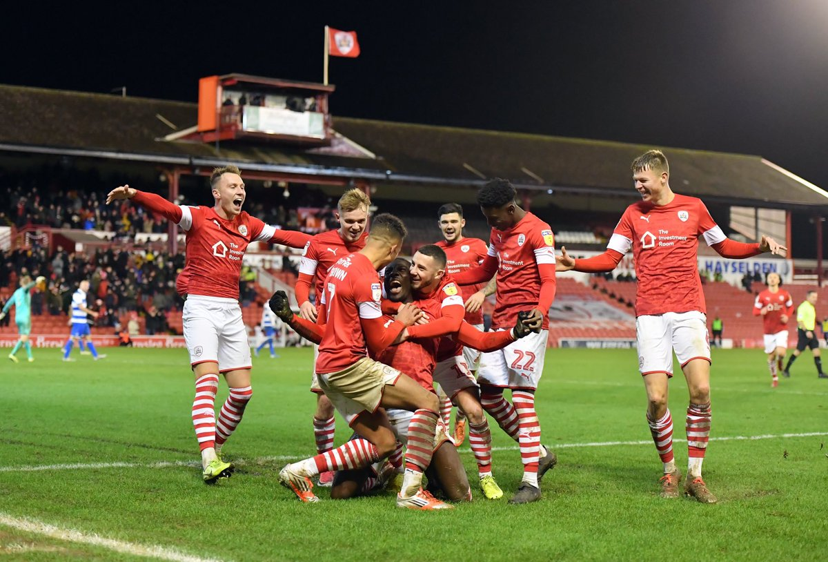 Two pictures that tell two contrasting stories..... #barnsleyfc