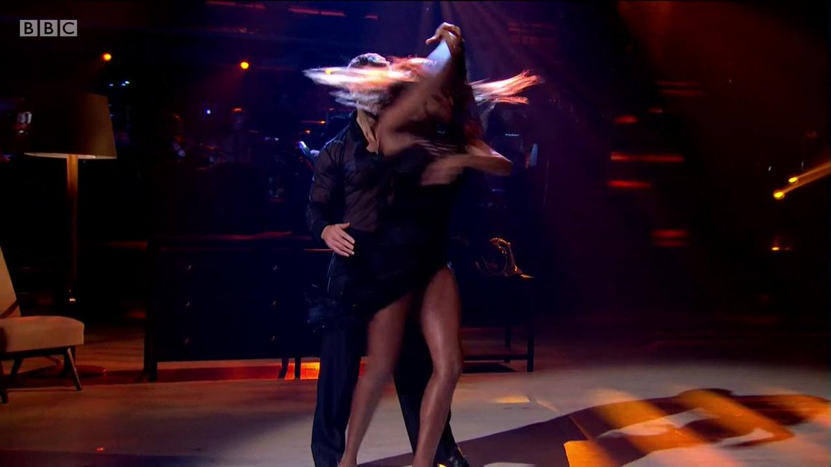 It was filth the first time, now its fab-u-lous. 🔥 Give it up for @kelvin_fletcher and @OtiMabuses Rumba. #StrictlyFinal