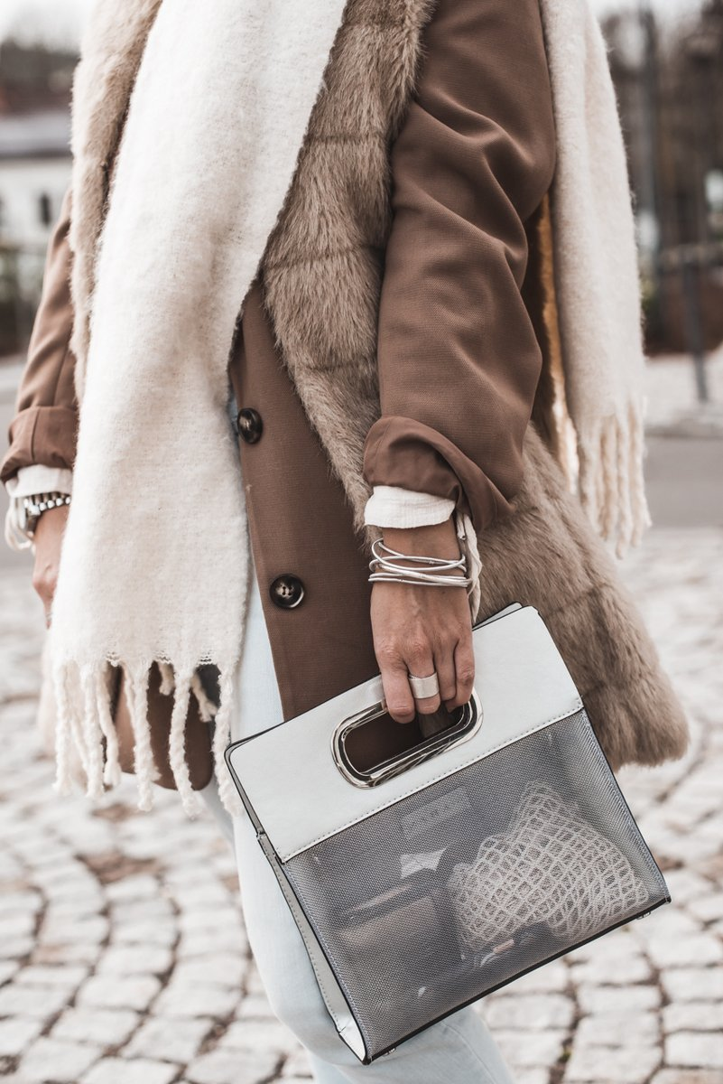 (Anzeige) So funktioniert Layering im Winter  #fashion #fashionblogger #ootd #style #outfit #styling #blogger #lifestyle #lookbook #fashiontrend #juliesdresscode #winter #winterfashion #winteroutfit #layering