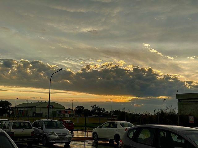 After the storm... #Airport #AeropuertoIslasMalvinas #SAAR #Rosario #InstaPic #Instagrammers #Igers #iPhone11ProMax