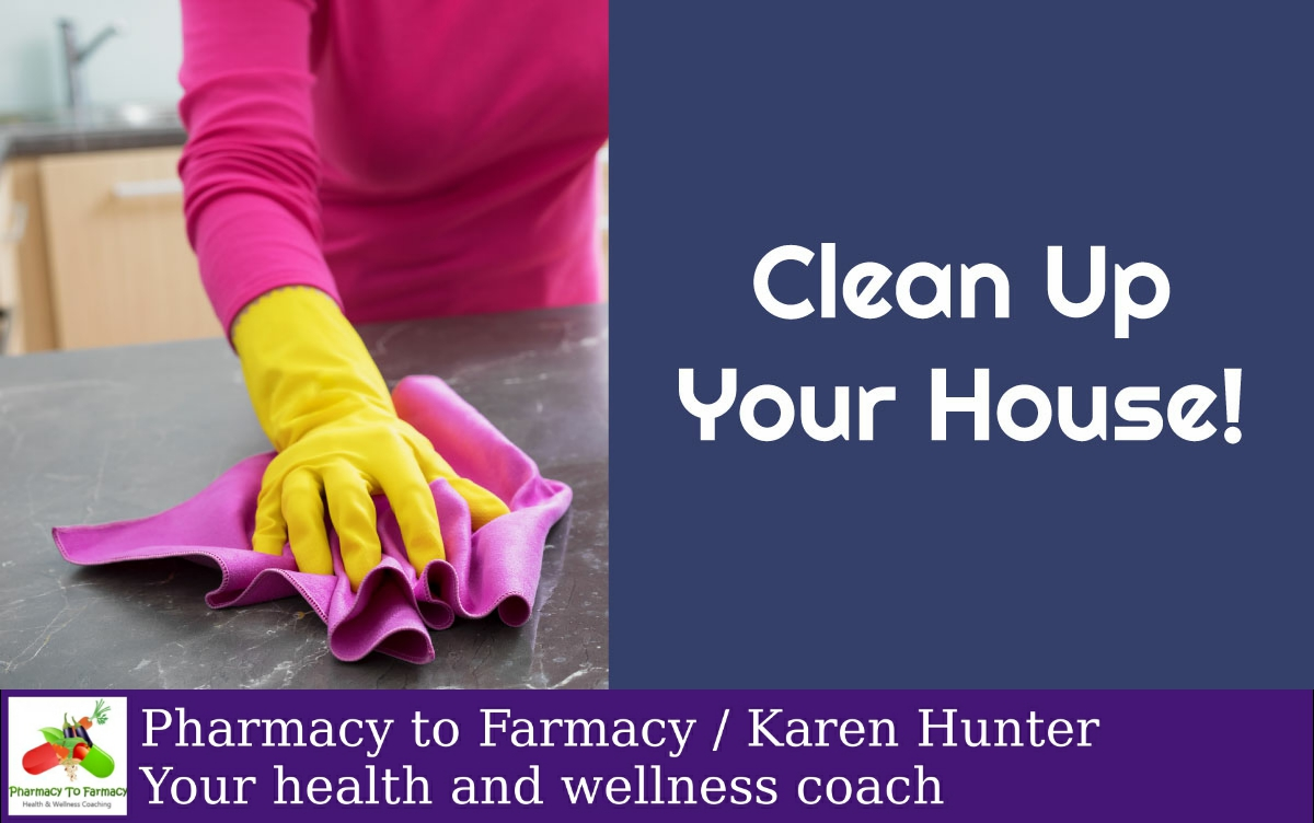 Did you know that one of the highest environmental dangers is in the home? This is where safe, DIY #cleaningproducts can come in handy! pic.twitter.com/z2Rxjd0eTN