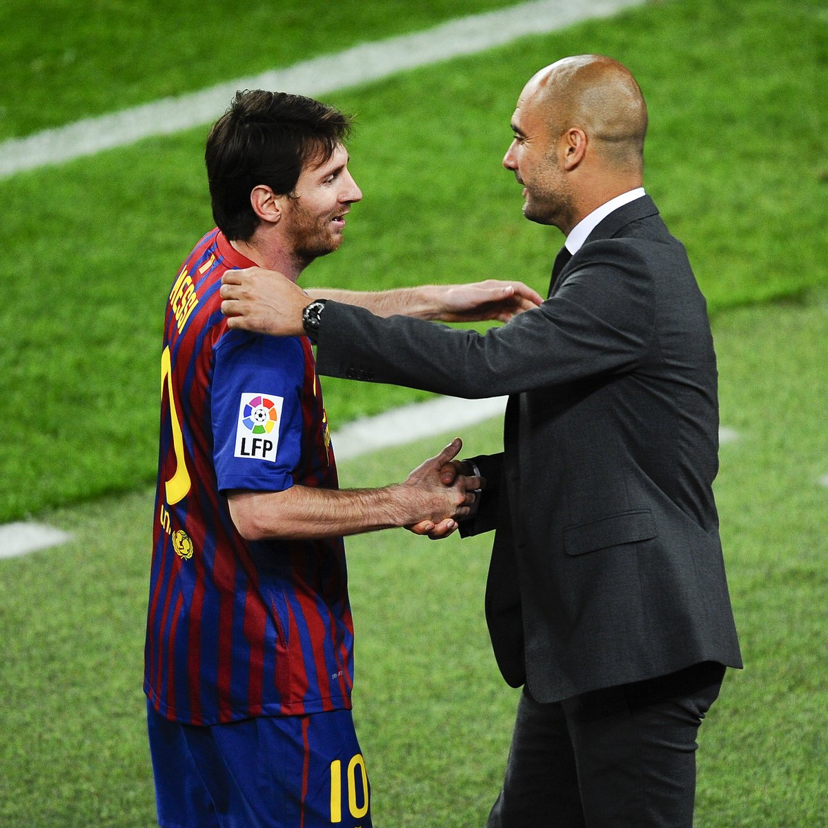 Barcelona are ready to offer Pep Guardiola the chance to return to the club, should he decide to leave Manchester City, according to the Express.  Messi 🤝Pep