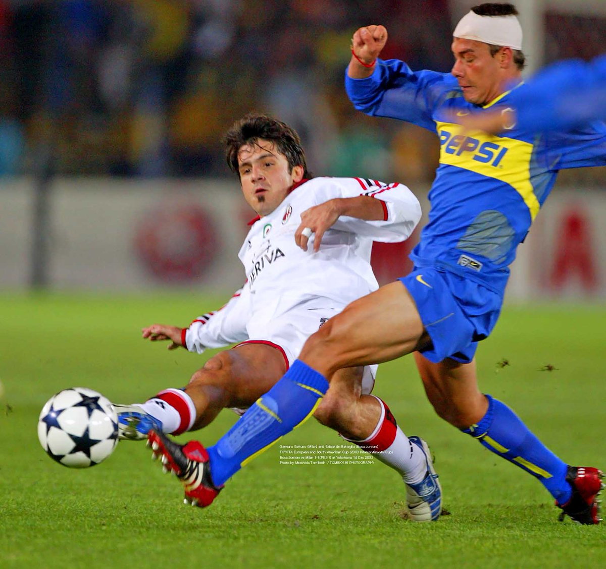 "tphoto on Twitter: ""Gennaro Gattuso (MIlan) and Sebastián Battaglia (Boca  Juniors) TOYOTA European and South American Cup (2003 Intercontinental Cup)  Boca Juniors vs Milan 1-1(PK3-1) at Yokohama 14 Dec 2003 Photo by"