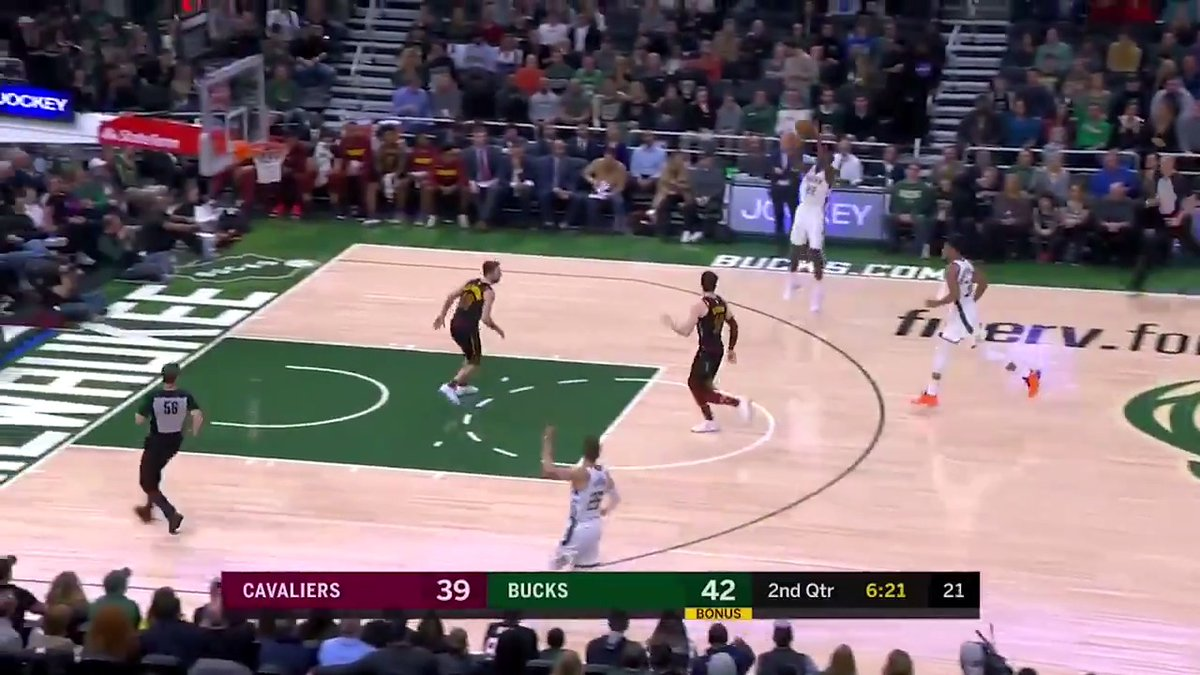 Donte DiVincenzo anticipates the pass and sets up Khris Middleton for your Heads Up Play of the Day!