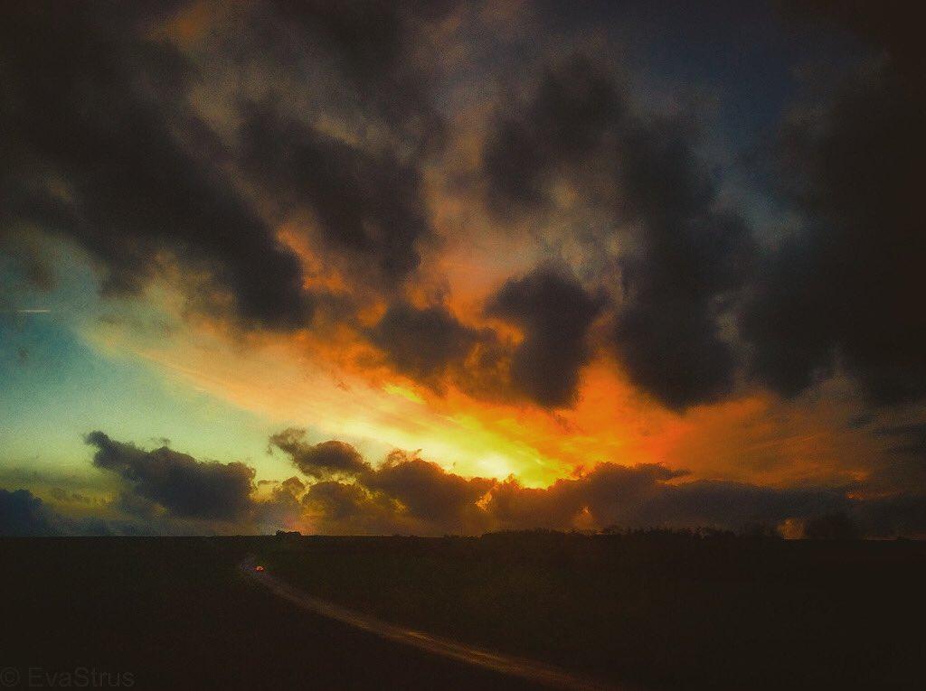 The In-Between Landscape ©EvaStrus