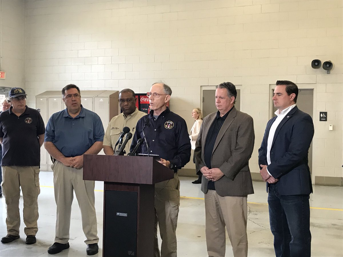 .@NTSB_Newsroom holds press conference in Lafayette, LA, where a plane crash killed 5 people Saturday.