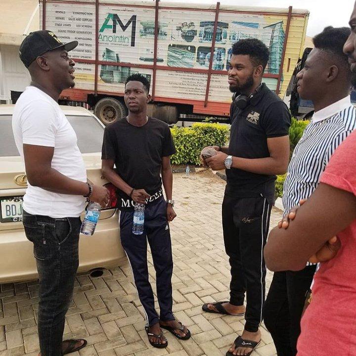 Squad! #Laffmattazz @drsmilecomedian @omobabacomedian @iamremote #LaffmattazzEkiti2019 #LaffmattazzEkiti2019 #laffmattazzwithmaltina #temiwhite_plug  Before the showpic.twitter.com/DNLrm1PbDw