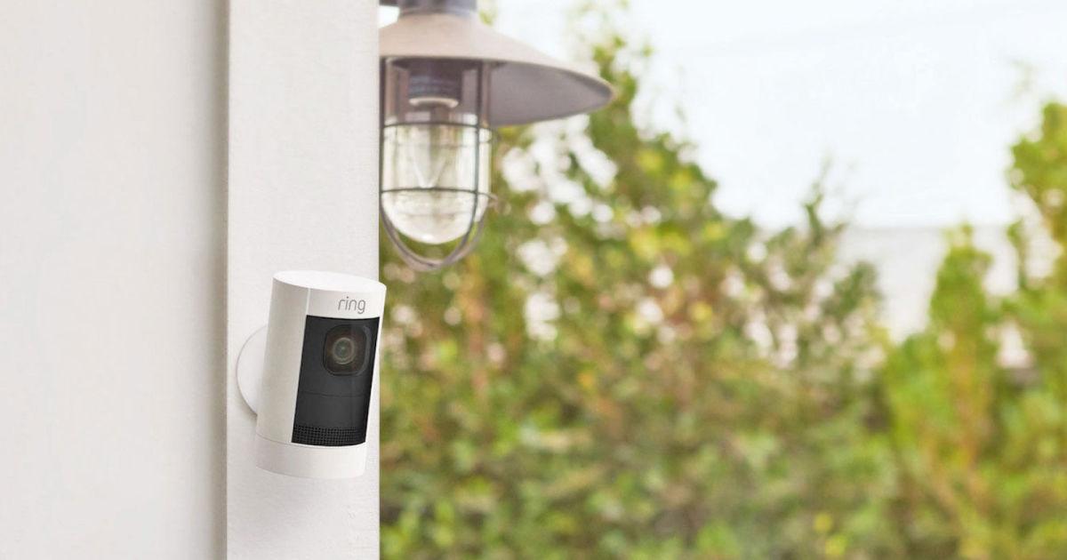 peindre caméra de surveillance discretion