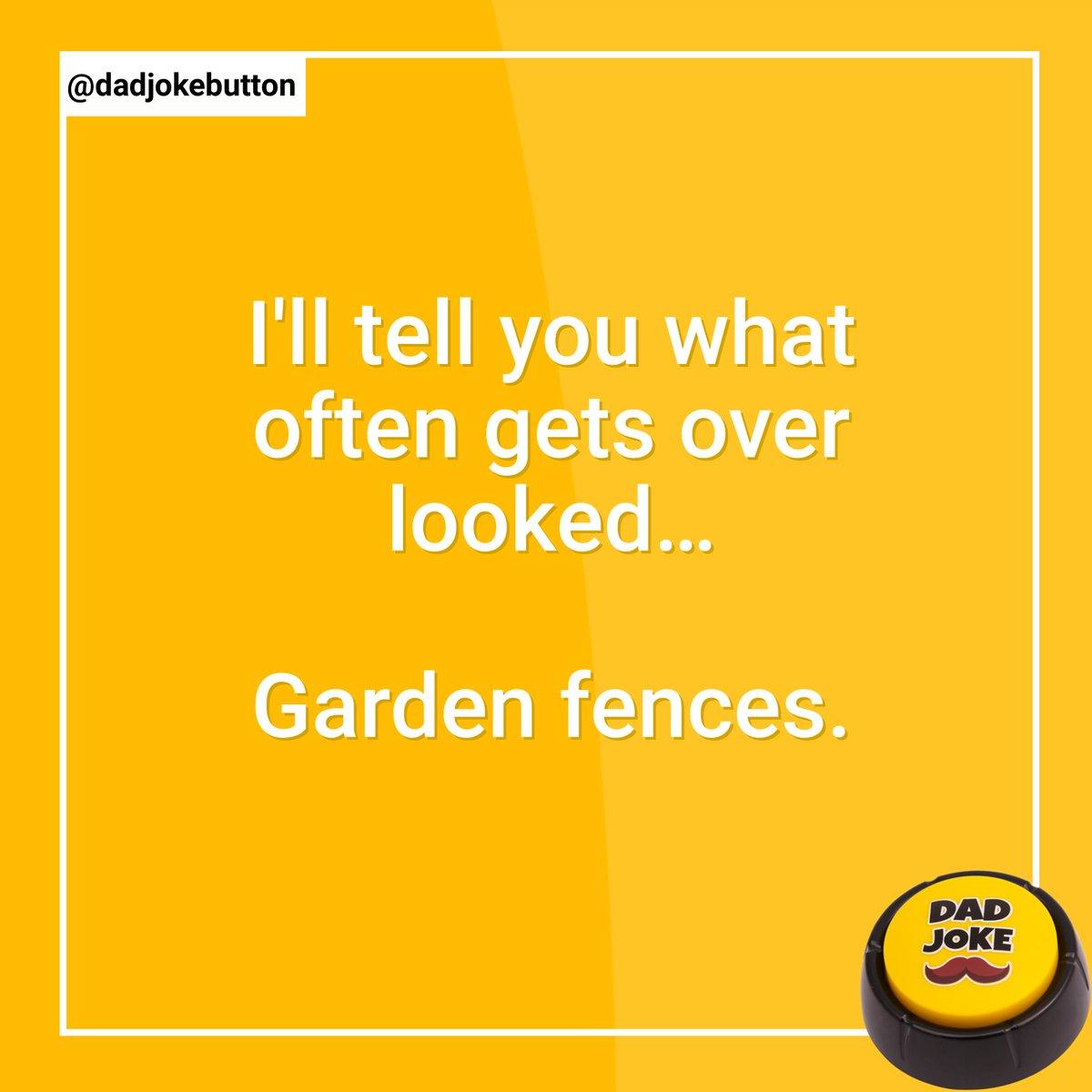 Follow @dadjokebutton  .  #dadjoke #dadjokes #jokes #joke #funny #comedy #puns #punsworld #punsfordays #jokesfordays #funnyjokes #jokesdaily #dailyjokes #humour #relatablejokes #laugh #joking #funnymemes #punny #pun #humor #talkingbuttonpic.twitter.com/P5dkUm7bdZ