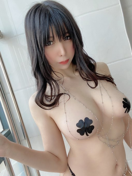 コスプレイヤー鹿野希のTwitter自撮りエロ画像85