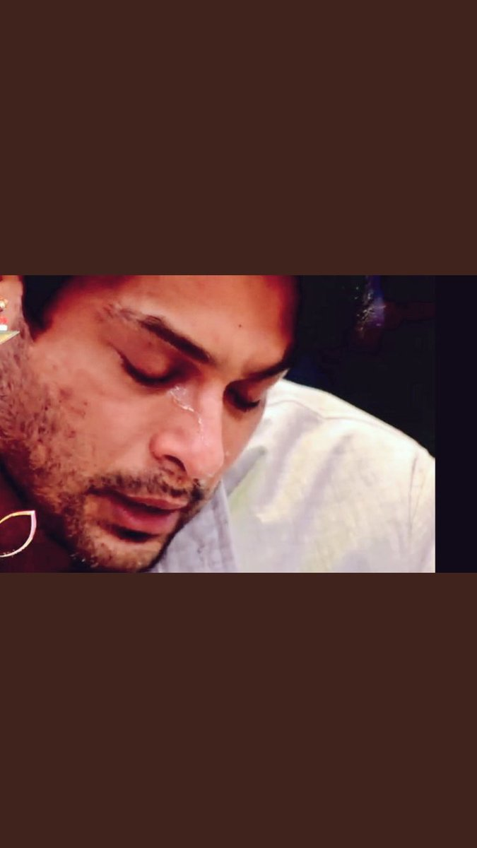 In aankhon se har aansooo mujhko churana hai!!  Tears are words the heart cannot express and thanks for expressing your feelings today  FOR every tear you shed THERE WILL BE VICTORY  Stay strong my darling, my hero, v r always by your side!  #AlwaysByYourSideSid @ColorsTV