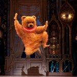 【ガチャピンが入ってるのか】くるみ割り人形のクマの演技がストイック過ぎて草生える