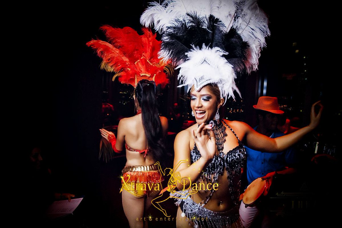 Brazilian #sambashow in #mydubai.  Dancers, singer and drummers based in Dubai, available to show their big talent in your events and venues.  #carnivaldancers #braziliandancer #sambaindubai  Xtravadance Dubai in action.   Contact us: +971559317693pic.twitter.com/XPEvy0BWON