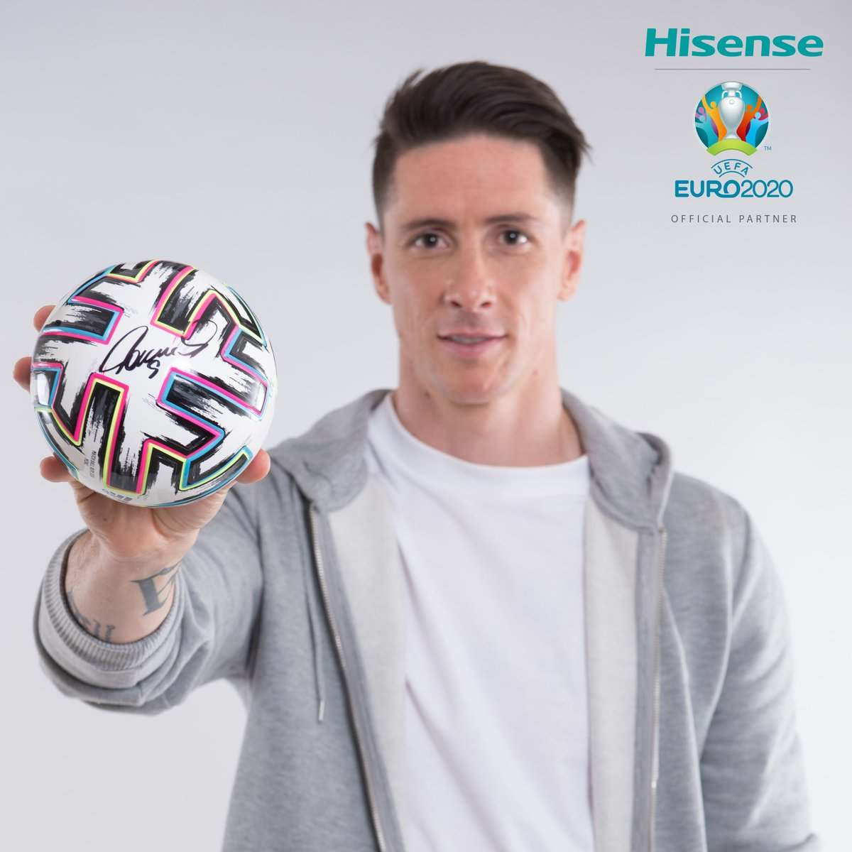 We're giving you the chance to win a mini @euro2020 UNIFORIA football, signed by our ambassador @Torres  ✍️⚽   All you have to do is: ✅ Follow @HisenseSports  🔁 Retweet   #HisenseSports #EURO2020